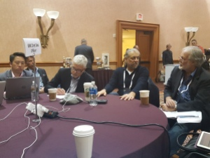 Inderpal Bhandari (second from right) in a Chief Data Officer roundtable discussion at the 2016 World of Watson conference
